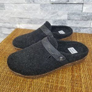 Earth Origins Janet Felt Slide Mule Clogs